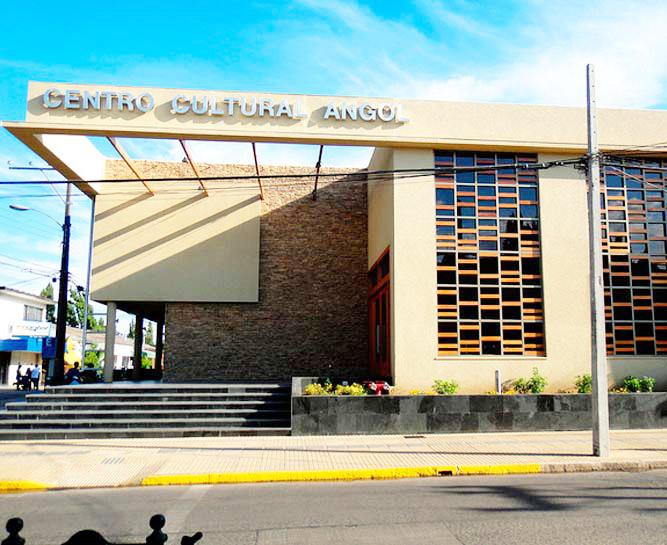 Centro cultural, Angol